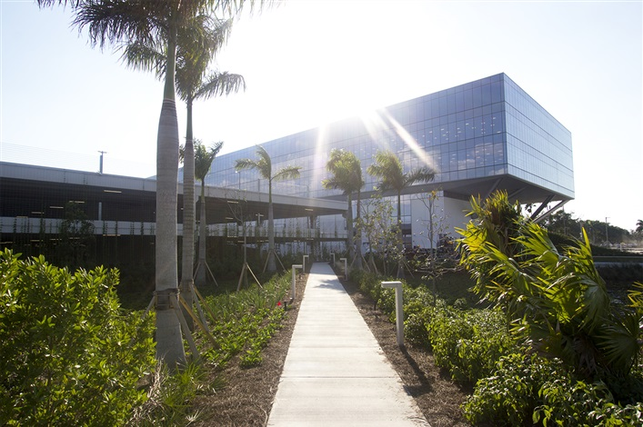 New American Express Building In Sunrise Fl Location